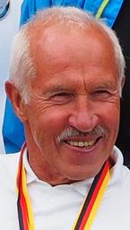 Jochen Hinze der Schwimmer und Wasserballer ist Weltmeister